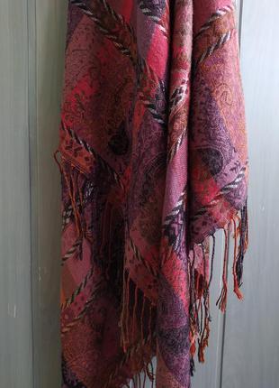 Шикарный большой шарф, палантин с кисточками