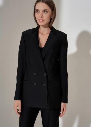 Пиджак черный двубортный. піджак чороний двубортний.