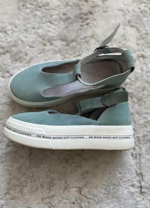 Сліпони туфлі