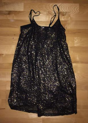 Новогоднее золотое платье в паетках
