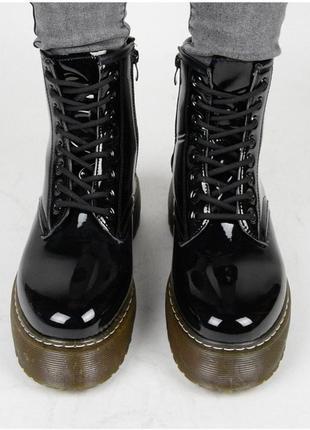 Чёрные женские ботинки. демисезонные. плотный материал. 36-41 размер
