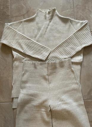 Стильный осенний костюм