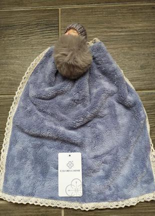 Полотенце-салфетка детская с брелком куколка
