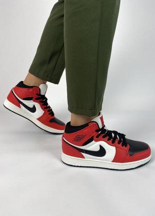 Clikshop женские кроссовки nike air jordan 1 retro красные с черным/белым новинка