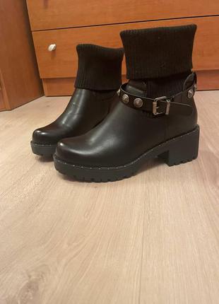 Ботинки кожа новые giardini