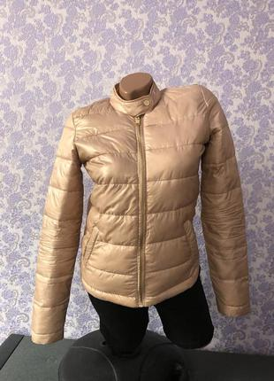 Курточка женская стильная
