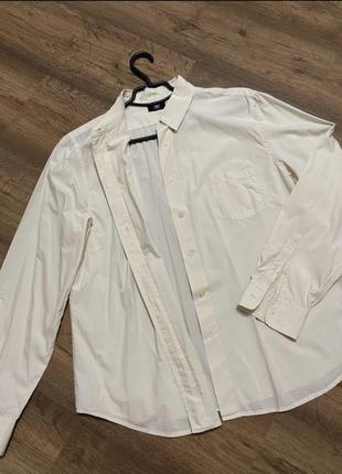 Рубашка, оверсайз, цвет нежно топленого молока, на размер s,m, посадка свободная