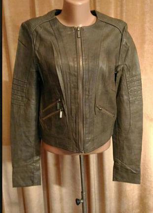 Кожаная куртка clockhouse защитного цвета (серо-зелёный) размер l