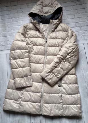 Ультралегкая стеганная   курточка с капюшоном