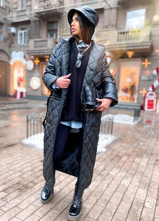 Must have этого сезона- стёганное пальто из эко-кожи прямого кроя с накладными карманами
