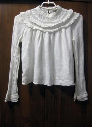 Белый котоновый джемпер блуза с рюшами zara индия белая