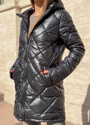 Куртка черная беж и белая