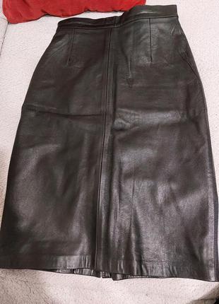 Шикарная юбка миди из натуральной кожи черного цвета р.44(s)-46(m)