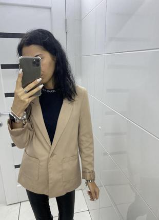 Базовый пиджак 💗 при покупке от двух вещей скидка 🕊
