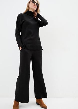 Мягкий уютный вязаный костюм. люкс качество. черный