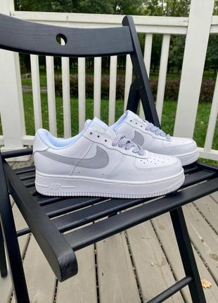 Nike air force 1 reflective  белые кроссовки с рефлективным лого