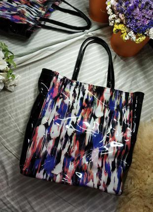 Большая разноцветная открытая сумка