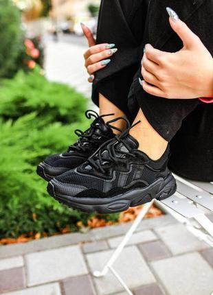 Женские кроссовки adidas ozweego black