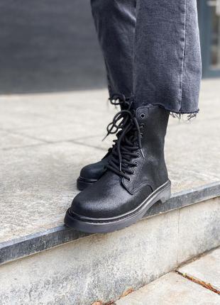 Dr. martens classic black (замш) ботинки женские