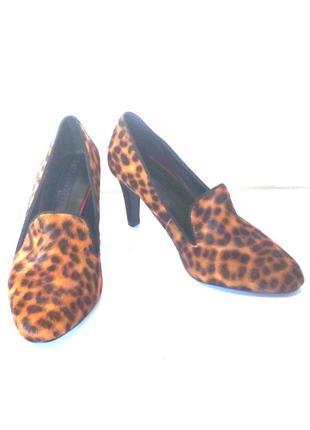 Эффектные кожаные туфли лоферы леопардовый принт от marks & spencer, р.36 код t3621