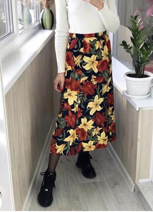 Красивая юбка миди с лилиями 1+1=3