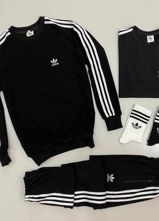 Набор adidas: свитшот-штаны-футболка 🔥