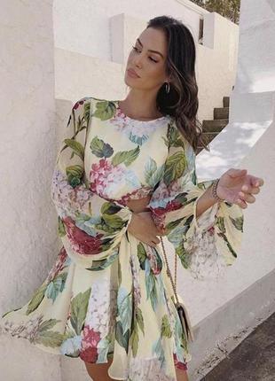 Шифонова сукня з відкритою спиною та квітковим принтомalice mccall