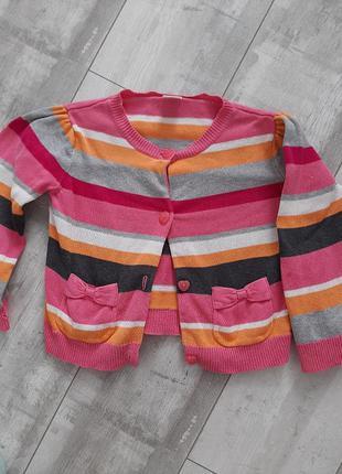 В наличие фирменная кофточка/свитерок хлопковый на девочку,4т(на 3-4года)недорого!