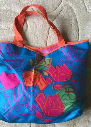 Яскрава сумка-шопер lancôme