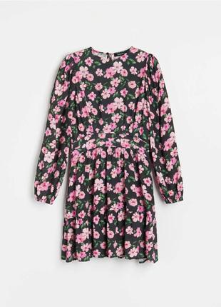 Цветочное платье от reserved