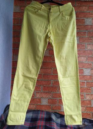 Жёлтые джинсы