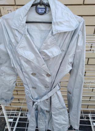 Пиджак,ветровка стильная серебристая, размер с