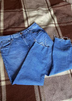 Джинсы мом высокая посадка необработанный низ джинси