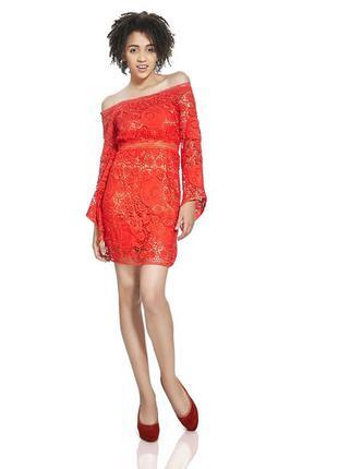 Роскошное кружевное платье из плотного качественного кружева! красное!