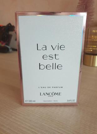 Lancome la vie est belle/