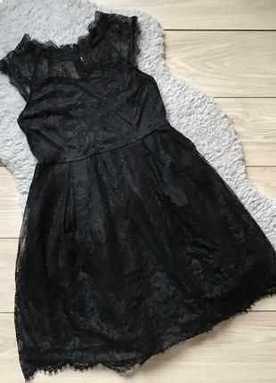 Платье чёрное под горло кружево вечернее