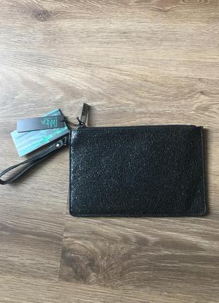 Черная текстурированная сумка-клатч full panda от claudia brand new with tag.