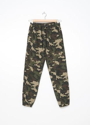 Новые брюки штаны джоггеры милитари камуфляж от house размер хс