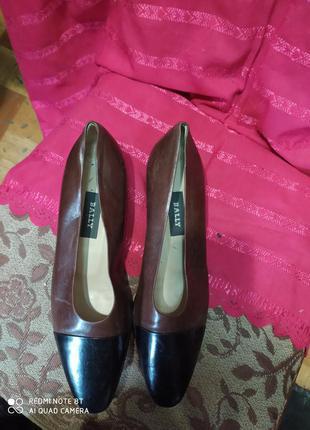 Bally удобные практичные туфли кожа р.37 стелька 24см