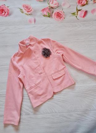 Неймовірно стильний піджак від h&m.