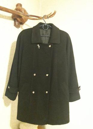 Кашемировое  деми  пальто,  в идеале.