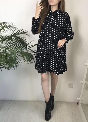 Красивое платье в горошек  zara
