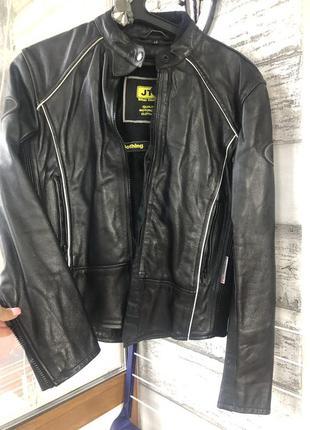 Очень крутая кожаная куртка jts