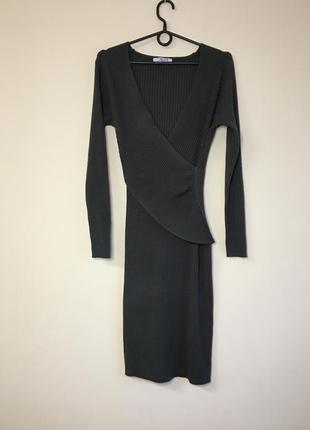 Трикотажное платье в рубчик шерсть шёлк кашемир carnaby