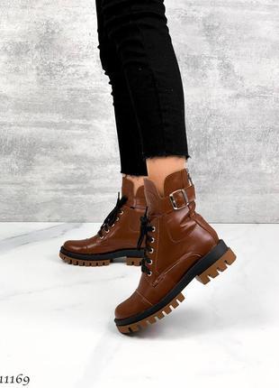 Ботинки женские кожаные стильные