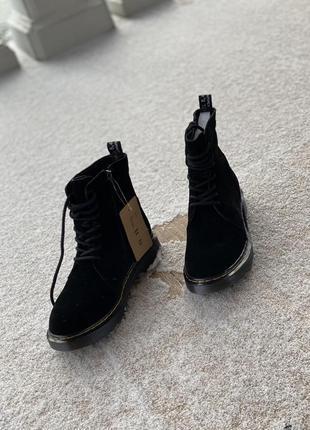 Замшевые черные ботинки деми/распродажа/наложка