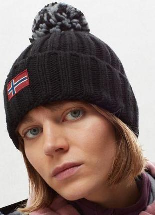 Оригінальна жіноча шапка в чорному кольорі the north face napapijri semiury (np000kcm0411)