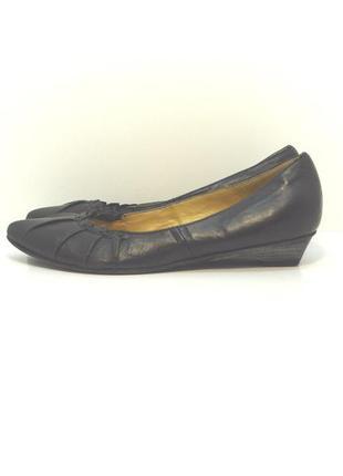 Женские кожаные туфли балетки max р. 39