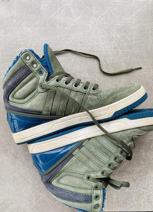 Теплые кроссовки адидас adidas/ наложка
