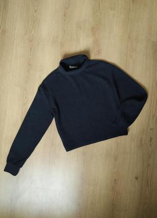 Мягкий чорный гольф, свитер от pull & bear